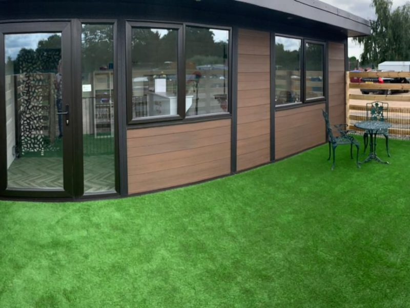 Leicester Garden Room Dog Groomer Finishing Outside Piece