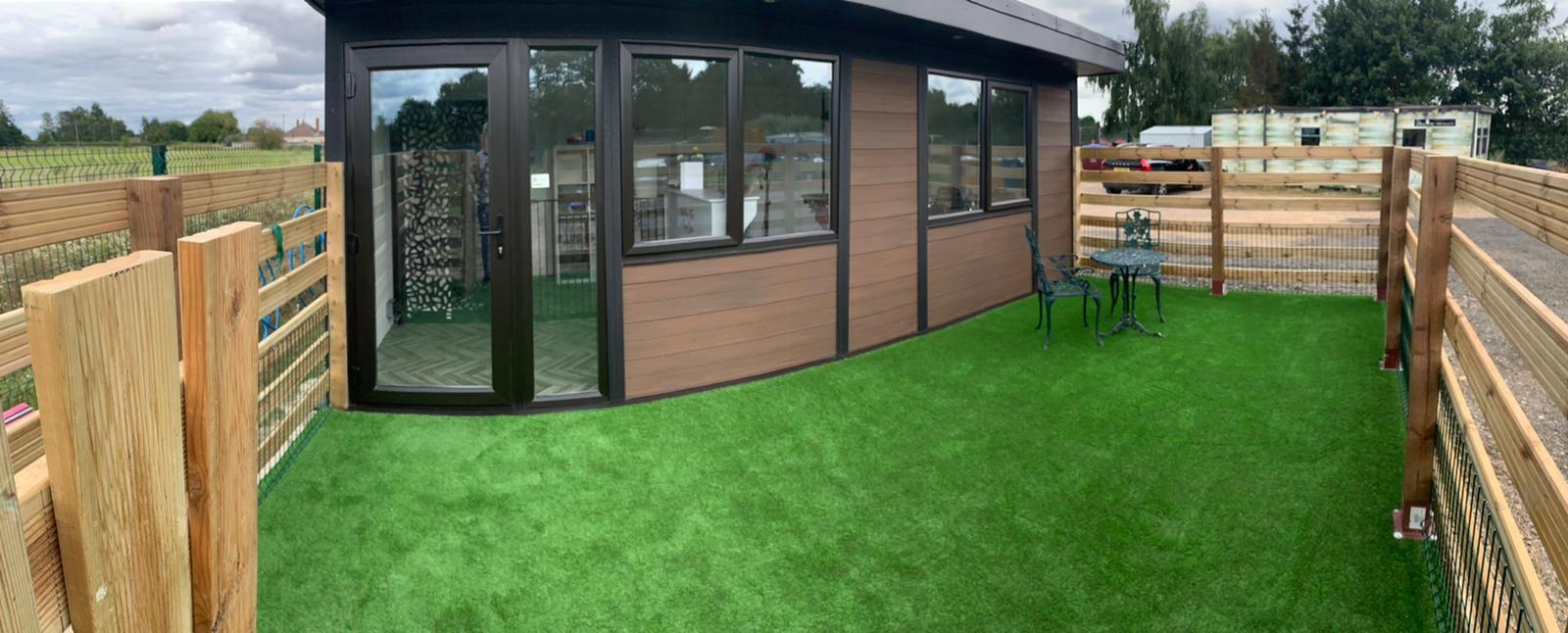 Leicester Garden Room Dog Groomer Finishing Outside Piece